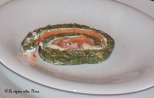 bûche salée au saumon fumé et épinards