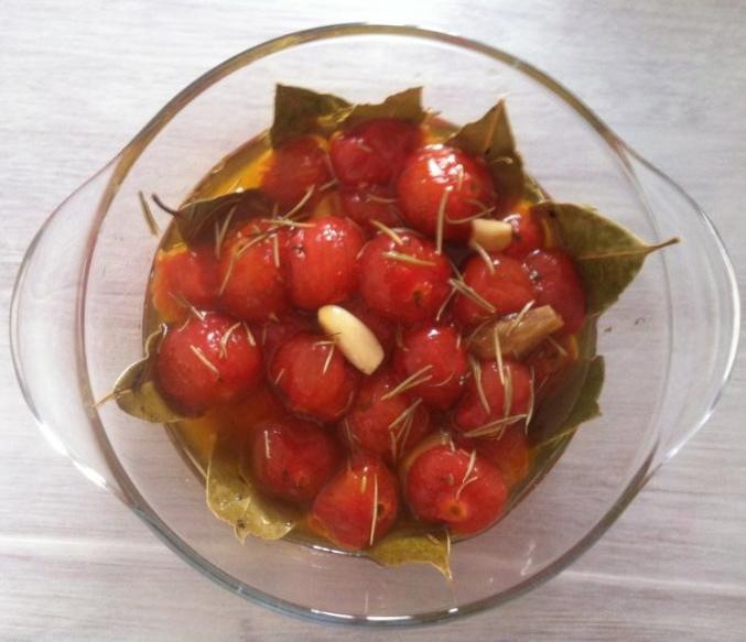 tomates cerises confites le r gime selon nono. Black Bedroom Furniture Sets. Home Design Ideas